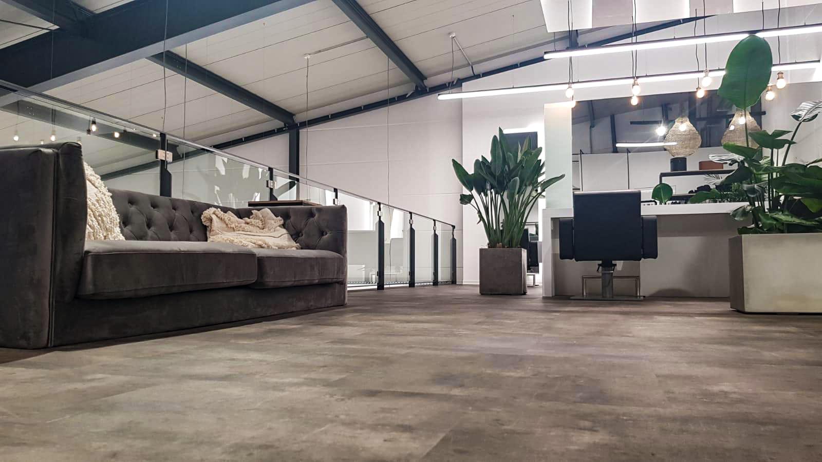 Harrwerk Herxheim obere Etage Couch